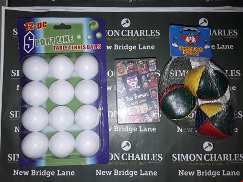 Lot 776 BOX OF ASSORTED TOY ITEMS TO INCLUDE SPORTLINE TABLE TENNIS BALLS, JUGGLING BALLS, YORK CITY TOP TRUMPS ETC