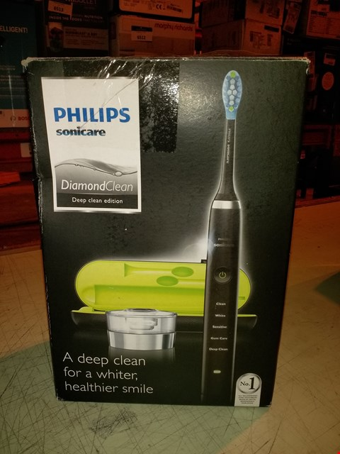 Lot 6508 PHILIPS SONICARE DIAMOND CLEAN ELECTRIC TOOTHBRUSH