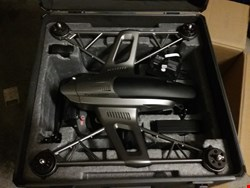Lot 4264 YUNEEC TYPHOON Q500 4K QUADCOPTER WITH CGO3 4K 3-AXIS GIMBAL CAMERA