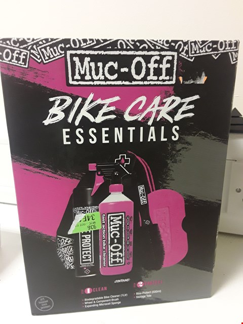 Lot 4256 BOXED MUC-OFF BIKE CZRE ESSENTIALS KIT