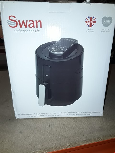 Lot 2 SWAN DIGITAL AIR FRYER RRP £95.00
