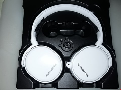 Lot 248 STEELSERIES ARCTIS 5 - GAMING HEADSET