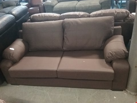 Lot 113 DESIGNER BROWN LEATHER 2 SEATER SOFA