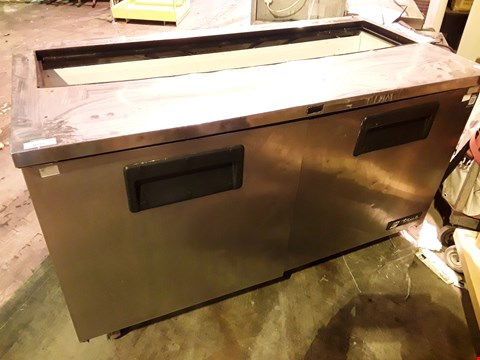 Lot 3097 TRUE DOUBLE DOOR COUNTER FRIDGE WITH TOP ACCESS ( MISSING TOP COVER)