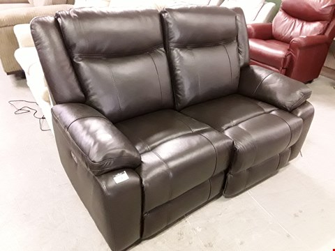 Lot 96 DESIGNER PALMERO BROWN LEATHER POWER RECLINING TWO SEATER SOFA RRP £1800