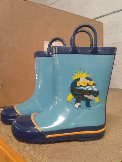 Lot 484 MONSTER DESIGN DISNEY KIDS WELLINGTONS WITH HANDLES BOYS BLUE SIZE UNSPECIFIED  RRP £17.99