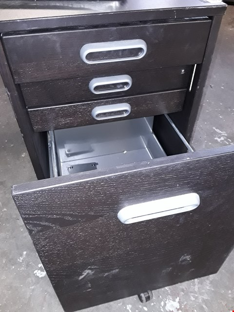 Lot 15096 TWO DRAWER CABINET WITH 2 INTERNAL DRAWERS