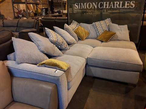 Lot 9068 DESIGNER NATURAL FABRIC CORNER SUITE WITH SCATTER CUSHIONS & FOOTSTOOL