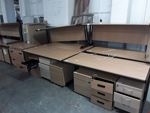 Lot 784 LOT OF 19 ASSORTED OFFICE FURNITURE ITEMS INCLUDES 9 DESKS, 9 DRAWERED CABINETS AND 1 CHAIR