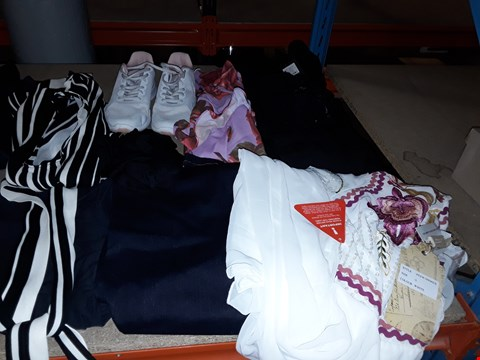 Lot 1494 BOX OF APPROXIMATELY 22 ASSORTED ITEMS TO INCLUDE SUPERDRY SHORTS, NIKE TRAINERS AND AX PARIS DRESS ECT