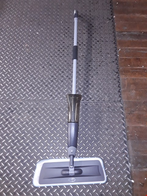 Lot 801 SPRAY MOP WITH MICROFIBER HEAD  RRP £22.99