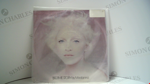Lot 18109 LOT OF 11 ASSORTED VINYL RECORDS TO INCLUDE MADONNA, JOHN LENNON, THIN LIZZY ETC