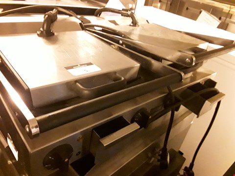 Lot 5 LINCAT DOUBLE ELECTRIC PANINI/CONTACT GRILL