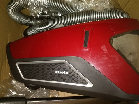 Lot 2379 MIELE BLIZZARD CX1 POWER LINE CAT AND DOG VACUUM CLEANER