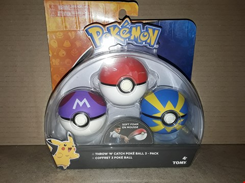 Lot 179 BOXED BRAND NEW TOMY THROW N' CATCH POKEBALL 3 PACK