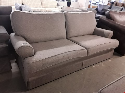 Lot 77 QUALITY BRITISH DESIGNER BERKELEY SKYE LINEN THREE SEATER SOFA