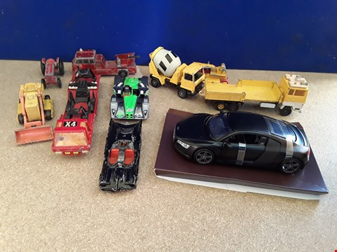 Lot 5040 APPROXIMATELY 10 ASSORTED TOY CARS, INCLUDING BATMAN! BATMOBILE AND AUDI R8