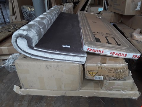 Lot 5107 PALLET OF ASSORTED FLAT PACK FURNITURE TO INCLUDE BED FRAMES, BED PARTS AND CRUSHED VELVET FOOT BOARD