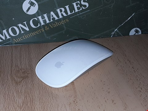Lot 8238 APPLE MAGIC MOUSE 2 WIRELESS IN SILVER - A1657