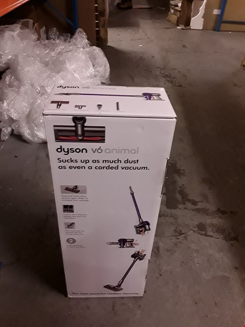 Lot 196 BOXED BRAND NEW DYSON V6 CORD FREE VACUUM RRP £499.99