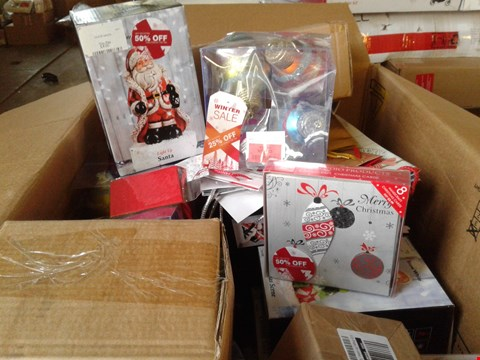 Lot 7705 A BOX OF ASSORTED CRAFT ITEMS TO INCLUDE A LIGHT UP SANTA, A SET OF GLITTERED BAUBLES AND A SET OF CHRISTMAS  CARDS