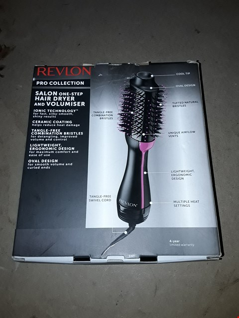 Lot 666 REVLON SALON ONE STEP HAIR DRYER AND VOLUMISER