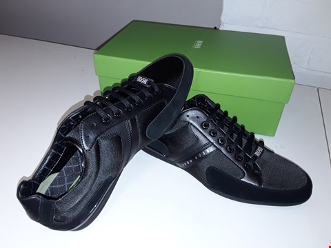 Lot 5035 BOXED BRAND NEW HUGO BOSS SPACIT TRAINERS SIZE 9 BLACK