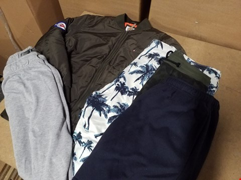 Lot 9343 LOT OF APPROXIMATELY 67 ASSORTED CLOTHING ITEMS TO INCLUDE DESIGNER BOMBER JACKETS AND VARIOUS PAIRS OF SHORTS (4BOXES)