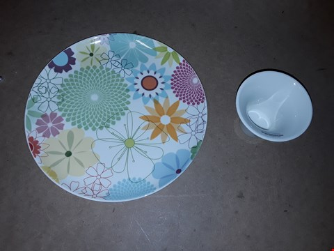Lot 1069 PORTMEIRON FLORAL PLATE + CUP