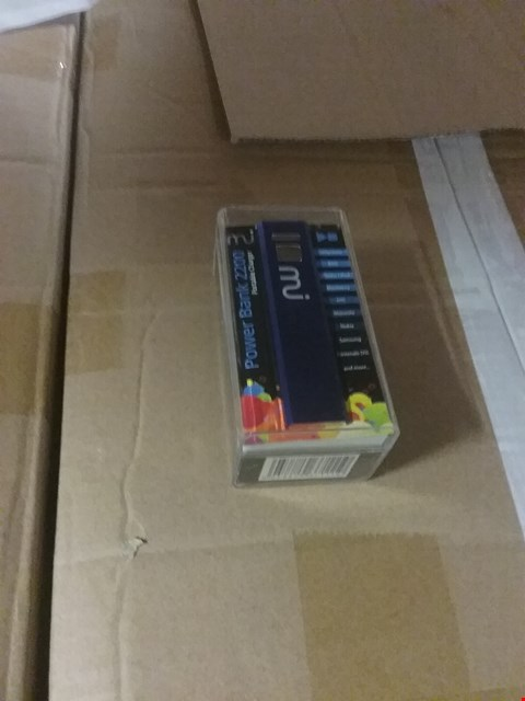 Lot 1079 A BOX OF APPROXIMATELY 100 MI POWER BANKS 2200