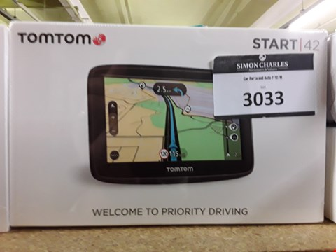 Lot 3033 TOM TOM START 42 SAT NAV SYSTEM
