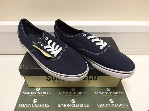 Lot 3019 BOXED PAIR OF SOULCAL&CO BLUE SHOES SIZE 13