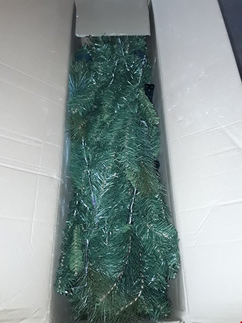 Lot 1022 BOXED 6FT CANNOCK GREAT VALUE TREE RRP £45