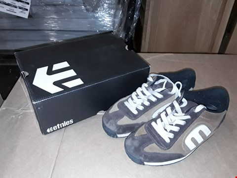 Lot 38 BOXED ETNIES LO CUT II MENS BROWN SIZE 9 UK/43EUR