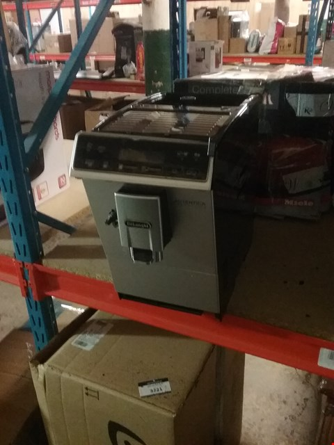 Lot 3220 DELONGHI AUTENTICA CAPPUCINO MACHINE