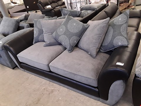 Lot 27 DESIGNER BLACK FAUX LEATHER AND GREY FABRIC DANUBE 3 SEATER SOFA WITH SCATTER BACK CUSHIONS  RRP £709.00