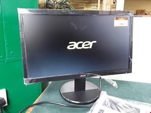 "Lot 193 ACER 20"" LCD K202HQL MONITOR WITH STAND"