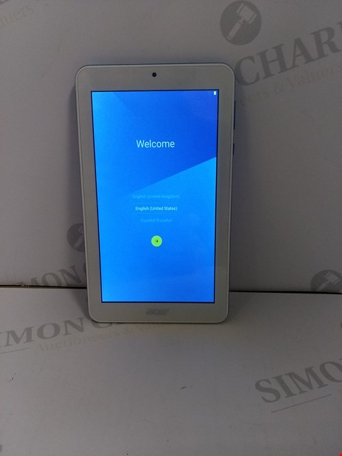 Lot 18376 ACER ICONIA ONE A5007 TABLET IN WHITE/BLUE