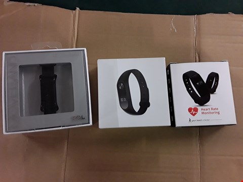 Lot 1080 APPROXIMATELY 3 ACTIVITY TRACKERS TO INCLUDE TCL MOVEBAND, MI SMARTBAND AND VERYFIT TRACKER BRACELET