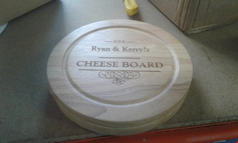 Lot 410 LOT OF 2 ITEMS TO INCLUDE PERSONALISED CHEESEBOARD AND SWAN IRON SI50110