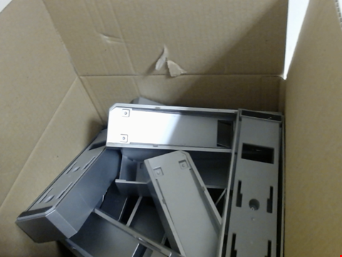 Lot 7756 QUANTITY OF APPROXIMATELY 28 WII STANDS