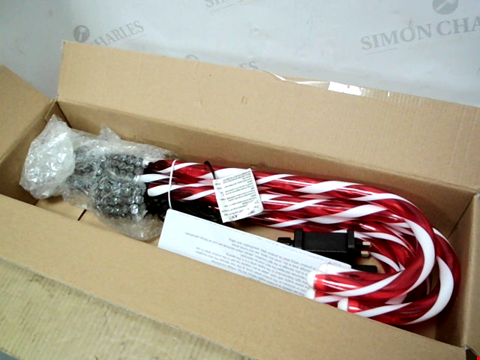 Lot 10634 SET OF 6 CANDY CANE GARDEN STAKE  RRP £39.99