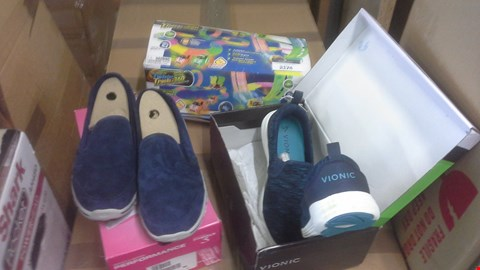 Lot 2174 A LOT OF 3 ITEMS TO INCLUDE TWISTER TRACKS NEON GLOW, SKECHERS PERFORMANCE SHOES AND VIONIC SHOES.
