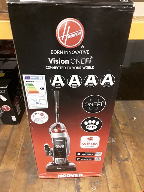 Lot 570 HOOVER VISION ONEFI VACUUM CLEANER