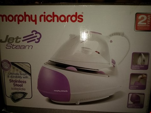 Lot 2030 MORPHY RICHARDS JET STEAM IRON