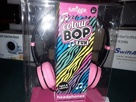 Lot 989 SMIGGLE COLOUR BOO FUN HEADPHONES WITH ADJUSTABLE HEADBAND