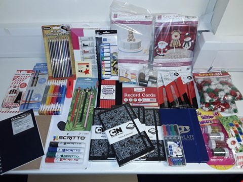 Lot 6464 LOT OF APPROXIMATELY 30 ASSORTED STATIONARY AND CRAFT ITEMS TO INCLUDE MOLESKIN NOTEBOOKS, WATERCOLOUR PAINTS, PRECISION CRAFT KNIVES AND GLITTER SHAKERS