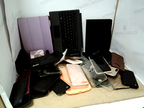 Lot 6201 BOX OF ASSORTED PHONE AND TABLET CASES ETC
