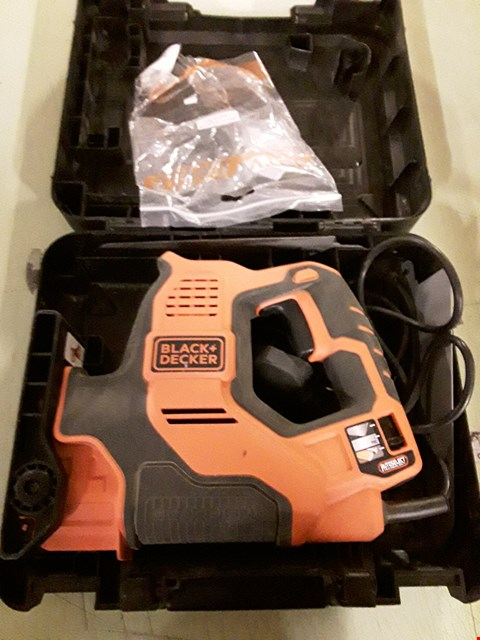 Lot 8881 BLACK & DECKER SCORPION POWERED HAND SAW