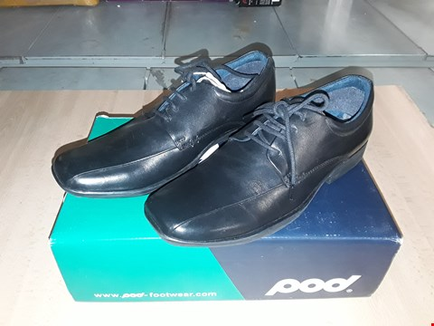 Lot 12534 BOXED POD FOOTWEAR WESSEX BLACK LEATHER SHOES UK SIZE 4.5